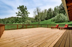 large deck perfect for entertaining